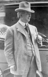 comiskey-charles-1914-loc-bain-15387u