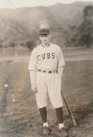 Cannon-Ray-1922-0516-NEA-photo-wearing-Cubs-uniform