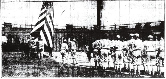 1918-06-12-White-Sox-flag-raising-ceremony-CDN